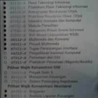 Photo taken at STMIK Dipanegara Makassar by Riniyanti oktavia Sukarsa on 2/28/2014