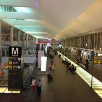 รูปภาพถ่ายที่ Aeropuerto Internacional de la Ciudad de México (MEX) โดย Tere L. เมื่อ 7/29/2013