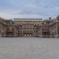 Foto tirada no(a) Palácio de Versailles por Mary em 11/4/2013