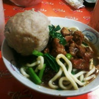 Photo taken at Mie Ayam Baso Jabrig by aam s. on 6/28/2013