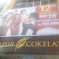 Photo taken at Dapur Cokelat by joem p. on 5/6/2013