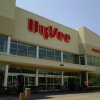Photo taken at Hy-Vee by Chuck G. on 7/14/2012