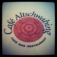 Das Foto wurde bei Café Altschwabing von Anselm E. am 1/30/2012 aufgenommen