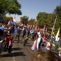 Photo taken at Desfile Estudiantil. Fernando de la Mora by Rossanita O. on 6/12/2012