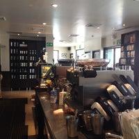 Photo taken at Starbucks Colonia Médica by José T. on 9/21/2013