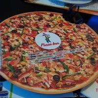 Photo taken at Pizza Inn Uttara by Afzal H. on 7/9/2013