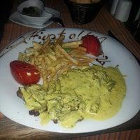 7/25/2013 tarihinde Ilker U.ziyaretçi tarafından Cafeka Restaurant & Cafe'de çekilen fotoğraf