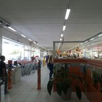 Photo taken at Balaroti Materiais de Construção by Douglas V. on 5/4/2013