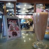 Photo taken at Restoran Simpang Tiga by shahril a. on 5/3/2013