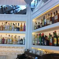 5/12/2013 tarihinde serkan k.ziyaretçi tarafından La Gioia Cafe Brasserie'de çekilen fotoğraf