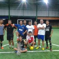 Photo taken at Futsal Pelangi, Sangatta City by Haliling H. on 7/29/2013