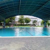 Photo taken at ATLANTIS swimming pool by Anton A. on 4/3/2013