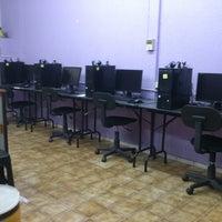 Photo taken at Cyber Yautepec by Hugo E. on 5/8/2013