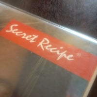 Photo taken at Secret Recipe Bintulu by Ricky L. on 6/12/2013