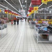 Photo taken at Ашан / Auchan by Дмитрий С. on 8/8/2017