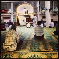 Photo taken at Masjid Al-Muttaqin Wangsa Melawati by Rems Grabber's on 2/18/2013