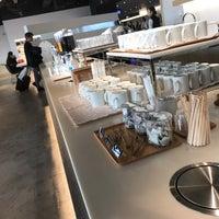2/17/2018 tarihinde 南北 東.ziyaretçi tarafından Power Lounge South'de çekilen fotoğraf