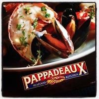Photo taken at Pappadeaux Seafood Kitchen by Yacob C. on 10/24/2013