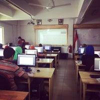 Photo taken at Sekolah Indonesia Kuala Lumpur by Boby Fachreza R. on 10/26/2014