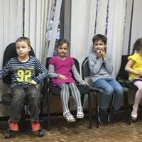 Foto scattata a Центральная детская библиотека № 14 da Yulia S. il 4/1/2016