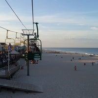 Photo taken at Seaside Sands Inn by Alper U. on 7/23/2015