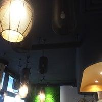 Das Foto wurde bei Cô Chu Vietnamese Gourmet von Brenda T. am 7/2/2017 aufgenommen