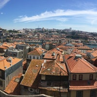 Photo taken at Miradouro da Vitoria by Samuel H. on 8/12/2017