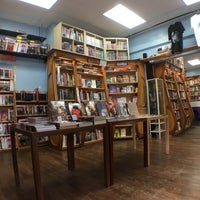 Photo taken at Hub Comics by Andrew G. on 10/29/2016