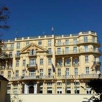 Das Foto wurde bei Parkhotel Schönbrunn von Peter S. am 8/11/2013 aufgenommen