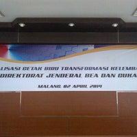 Photo taken at Kantor Wilayah DJBC JATIM II by Fungki A. on 4/2/2014