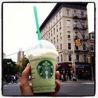 Photo taken at Starbucks by Mademoiselle Thé on 9/27/2013