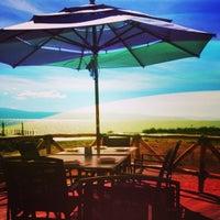 Foto tomada en El palmar Beach Restaurant por Félix C. el 5/6/2013