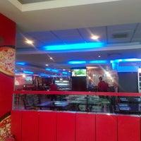 Photo taken at Pizza Inn Uttara by Kaiser R. on 8/10/2013