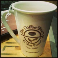 Photo taken at The Coffee Bean & Tea Leaf by Vic Z. on 4/26/2013