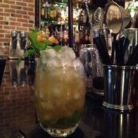 Foto tomada en Capote cocktail.bar por Capote cocktail.bar el 4/15/2014