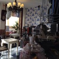 Photo taken at Caffé De' Pazzi by ⚓️ Carlo F. on 11/14/2013