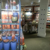 Photo taken at Yankee Candle Co. - Potomac Mills by MissNicki S. on 4/6/2014