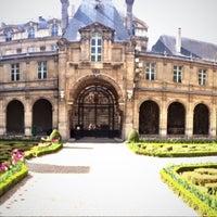 Photo prise au Musée Carnavalet par Sarah B. le5/4/2013