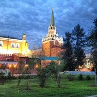 Photo taken at Aleksandrovskiy Garden by Mari A. on 6/4/2013