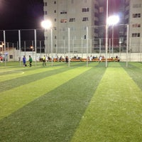 Photo taken at golazzo - Canchas Sintéticas by Mauricio B. on 5/8/2013