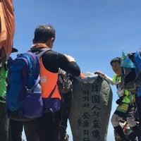 Photo taken at 천왕봉 (Chunwang Peak/天王峰) by toru o. on 5/14/2016