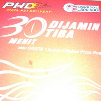 Photo taken at PHD - Pizza Hut Delivery by Budhi R. on 9/21/2013