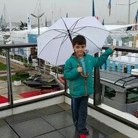 Photo taken at Ev're Boat Show Standı by Onur Ç. on 10/11/2015