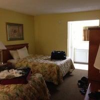 Photo taken at Days Inn Fort Myers Springs Resort by Pablo D. on 10/22/2012