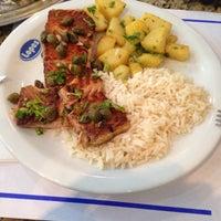 Foto tirada no(a) Restaurante e Confeitaria Lopes por eusouotiago em 2/17/2015