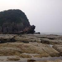 Photo taken at かえる島 by ブリブリモンキー on 7/22/2014