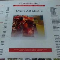 Foto diambil di Moro Lejar Restaurant oleh sarwo_omah tiketmurah o. pada 8/2/2015