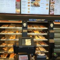 Photo taken at Dunkin' Donuts by Abdullah TA1AB P. on 5/5/2016