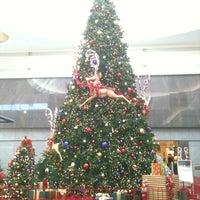 Foto tomada en Boulevard Mall por Joseph A. el 11/18/2012