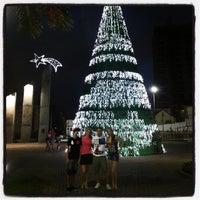 Foto tirada no(a) Praça Da Cidadania por Bento M. em 12/8/2013